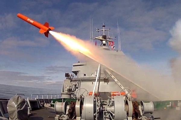 Karinė KTU raketa RT-400