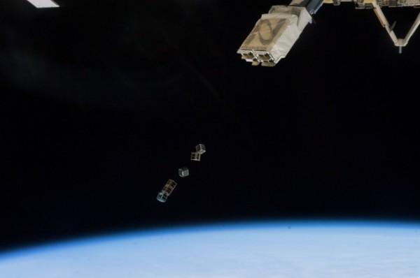 Lietuviškų palydovų paleidimas