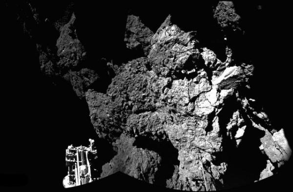 Rosetta Philae artėja prie kometos