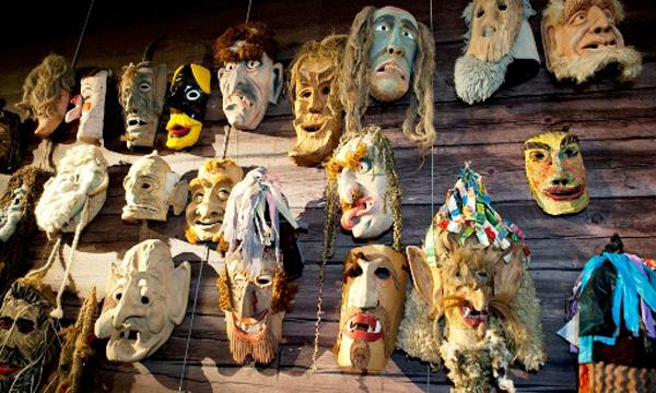 senovinės užgavėnių kaukės