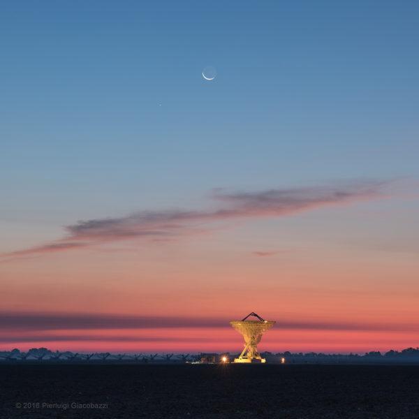 Moon, Mercury, and Twilight Radio