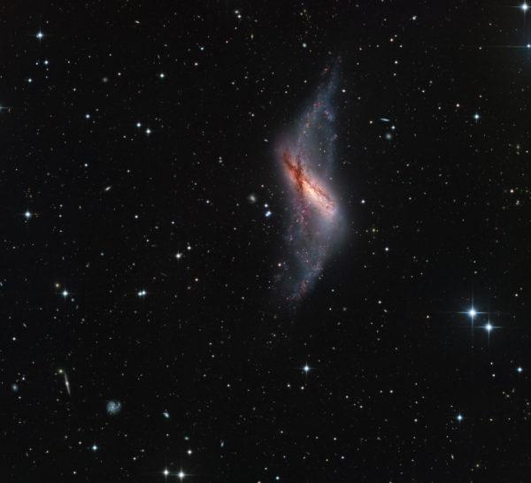 Polar Ring Galaxy NGC 660